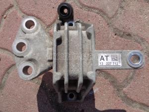 OPEL INSIGNIA 1.8 benzin motortatobak / motortartó bak