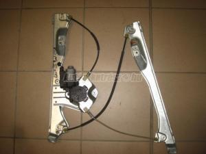 RENAULT CLIO bal első elektromos / elektromos ablakemelő