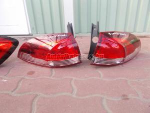 RENAULT CLIO IV kombi 2012-tól hátsó lámpák / lámpa
