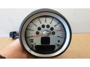 MINI COOPER , 2007, Benzines / fordulatszámmérő