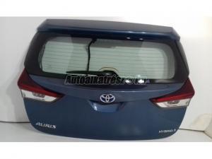 TOYOTA AURIS Auris II Lift Hybrid / Toyota Auris II Lift HB Hybrid csomagtér ajtó 8U6