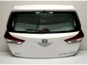 TOYOTA AURIS Toyota Auris II Lift / Toyoa Auris Lift HB csomagtér ajtó 070