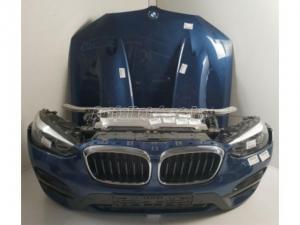 BMW X3 / BMW X3 G01 Komplett eleje Kek Halogén