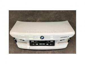 BMW 5-ÖS SOROZAT / BMW 5 G30 Csomagtérajtó A300