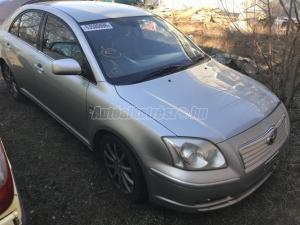 TOYOTA AVENSIS 2004 / Bontott jármű