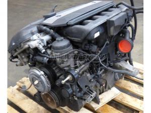BMW 530 E60 M54 / 306S3 motor