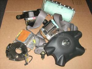 NISSAN NAVARALégzsák szett, légzsák, indító, övfeszítő (Autó - Biztonsági alkatrész - Légzsákok)