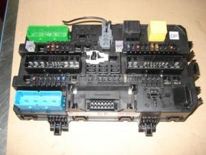 OPEL ASTRA H 1,6i / biztosíték panel