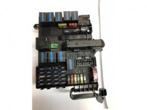 SMART FORTWO (450) 0001683V001 / biztosíték doboz