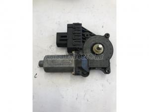 FORD FOCUS I. BAL HÁTSÓ 0130821903 / elektromos ablakemelő motor