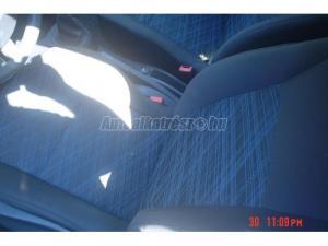 RENAULT CLIO / 3 ajtos szép belsö