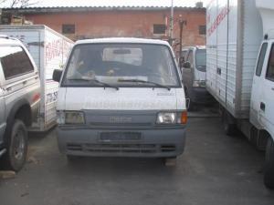 MAZDA E 2200 / Bontott jármű