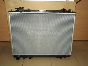 MAZDA B 2500 / vízhűtő