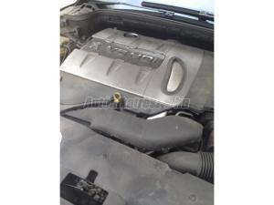PEUGEOT 407, 607 - CITROEN C6 / motor egyben