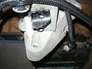 RENAULT MASCOTT / motortartó bak