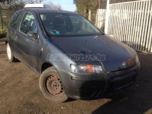 FIAT PUNTO 1.9 JTD (3 AJTÓS) / Bontott jármű