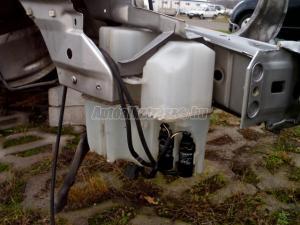 VOLVO V70 / Ablakmosó tartály motorokkal