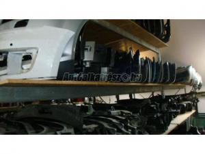 AUDI A8 / lökhárító,hűtők,lámpák,motor,ajtók,karosszériaelemek
