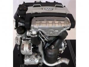 VOLKSWAGEN POLO / AKP motor