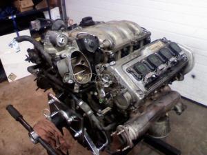 AUDI S8 / AVP motor